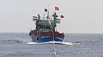 Cứu sống 16 ngư dân Nghệ An gặp nạn trên Vịnh Bắc Bộ