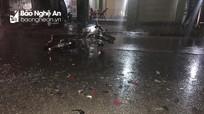 Xe máy và ô tô đâm nhau trong đêm mưa, nam thanh niên bị thương nặng