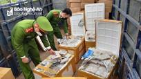 Công an TP Vinh bắt giữ 25 tấn hải sản không rõ nguồn gốc