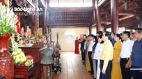Dâng hương tưởng niệm 78 năm ngày mất Tổng Bí thư Lê Hồng Phong