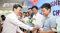 Chủ tịch UBND tỉnh tặng Bằng khen cho 16 cán bộ y tế chi viện Đà Nẵng phòng, chống dịch Covid-19