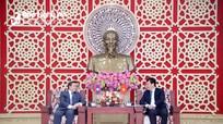 Chủ tịch UBND tỉnh tiếp thân mật Đại sứ đặc mệnh toàn quyền nước Lào