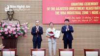 Tỉnh Nghệ An trao Giấy chứng nhận đăng ký đầu tư điều chỉnh dự án Khu công nghiệp WHA