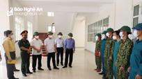 Chủ tịch UBND tỉnh kiểm tra, tặng quà lực lượng làm nhiệm vụ tại khu cách ly tập trung