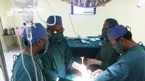Nghệ An: Bác sĩ, điều dưỡng hiến máu cứu bệnh nhân