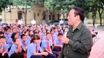 """Nhà thơ Trần Đăng Khoa """"bật mí"""" bí quyết viết thư dự Cuộc thi viết thư quốc tế UPU hay"""