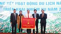 Sở Du lịch Nghệ An nhận Cờ thi đua của Bộ VH-TT&DL