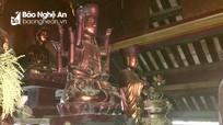 """Độc đáo bức tượng """"đầu người đội Phật"""" nghìn năm tuổi ở Nghệ An"""