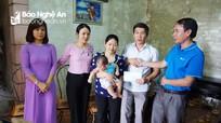 Giúp đỡ cháu bé bị đục giác mạc bẩm sinh tại Nam Đàn