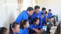 Gần 200 thanh thiếu niên miền núi Nghệ An được phổ cập tin học, kỹ năng truy cập internet