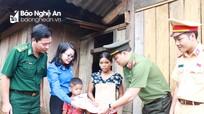 Tuổi trẻ Nghệ An xây dựng sân chơi cho trẻ em xã biên giới