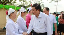 Phó Chủ tịch UBND tỉnh Lê Hồng Vinh dự Ngày hội Đại đoàn kết tại Tân Kỳ