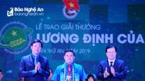 Chàng trai người H'Mông Nghệ An nhận giải thưởng Lương Định Của