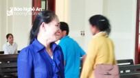 Người mẹ đau đớn nhìn con trai 16 tuổi vào tù