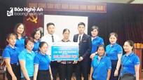 Fubon Life Việt Nam chi trả hơn 300 triệu đồng quyền lợi bảo hiểm cho khách hàng tại Nghệ An