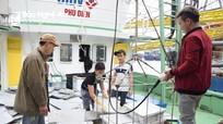 Làm thế nào chấm dứt tình trạng tàu nằm bờ do thiếu lao động?