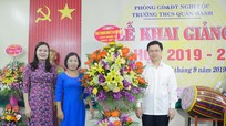Phó Bí thư Thường trực Tỉnh ủy Nguyễn Xuân Sơn dự khai giảng năm học mới tại Nghi Lộc
