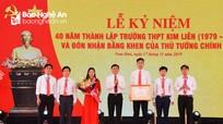 Trường THPT Kim Liên đón nhận Bằng khen của Thủ tướng Chính phủ