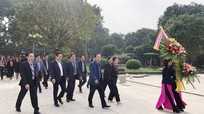 Đoàn Ủy ban Mặt trận Tổ quốc các tỉnh Bắc Trung Bộ dâng hoa, dâng hương tưởng niệm Chủ tịch Hồ Chí Minh