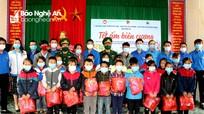 Tuổi trẻ Nghệ An góp phần chăm lo Tết cho người nghèo  