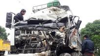 Cư dân mạng bức xúc vụ tài xế xe tải bị đâm tử vong, nhiều người tranh thủ 'hôi của'