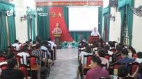Bế giảng lớp bồi dưỡng lý luận chính trị cho đảng viên mới