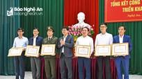 Khen thưởng 6 văn phòng cấp ủy có thành tích xuất sắc trong năm 2019