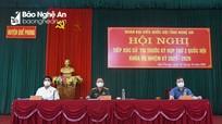 Cử tri huyện Quế Phong mong muốn sớm đưa điện về bản biên giới