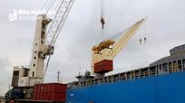 Sản lượng hàng hóa thông qua cảng biển ở Nghệ An giữ đà tăng trưởng