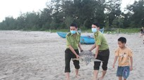 Thả cá thể rùa quý hiếm nặng hơn 32 kg về biển