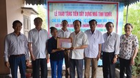 Hỗ trợ 50 triệu đồng xây dựng nhà tình nghĩa cho vợ liệt sỹ ở Hưng Nguyên