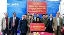 Bàn giao nhà tình nghĩa cho vợ liệt sỹ ở Diễn Châu