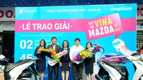 Nghệ An: 2 khách hàng nhận thưởng xe SH của VNPT