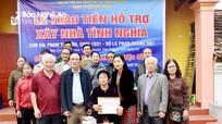 Hội Hỗ trợ gia đình liệt sỹ trao tiền xây nhà tình nghĩa cho thân nhân liệt sỹ ở Yên Thành