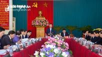 Đồng chí Võ Văn Thưởng chỉ đạo hội nghị kiểm điểm của Ban Thường vụ Tỉnh ủy năm 2017
