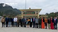 Ban Tuyên huấn tỉnh Xiêng Khoảng (Lào) thăm và làm việc tại Nghệ An