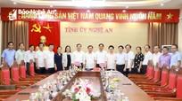 Gặp mặt chia tay hai nguyên Ủy viên Ban Thường vụ Tỉnh ủy Nghệ An nghỉ chờ hưu theo chế độ