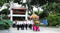 Lãnh đạo tỉnh dâng hoa, dâng hương nhân kỷ niệm 90 năm Ngày Xô viết Nghệ - Tĩnh