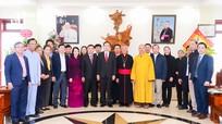 Bí thư Trung ương Đảng Trần Thanh Mẫn thăm, chúc mừng Lễ Giáng sinh năm 2020 tại Nghệ An