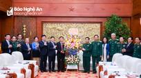 Lãnh đạo tỉnh Nghệ An thăm và chúc Tết Bộ Tư lệnh Quân khu 4