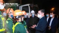 Bí thư Tỉnh ủy Thái Thanh Quý thăm, chúc Tết công nhân, cán bộ, chiến sỹ làm nhiệm vụ đêm Giao thừa
