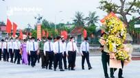 Lãnh đạo tỉnh Nghệ An dâng hoa tưởng niệm đồng chí Phùng Chí Kiên