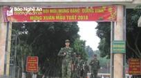 Chiến sỹ Biên phòng bảo vệ an toàn vùng biên, vui Tết với dân bản