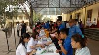 950 công nhân viên chức Tân Kỳ tham gia hiến máu cứu người