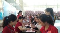 500 sinh viên Đại học Vinh tham gia hiến máu tình nguyện