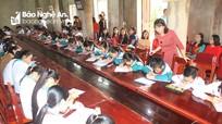 Khai bút đầu xuân: Nét đẹp văn hóa trong ngày Tết ở Quỳnh Lưu