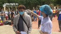 Tiếp tục trao Giấy chứng nhận hết thời hạn cách ly cho 132 công dân ở Nghệ An