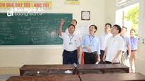 Đồng chí Bùi Đình Long kiểm tra công tác chuẩn bị kỳ thi THPT tại TX Thái Hòa và huyện Quỳ Hợp