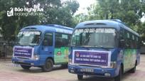 Thí sinh F1, F2 ở Quỳnh Lưu được xe khách, xe chuyên dụng đưa đón tận phòng thi