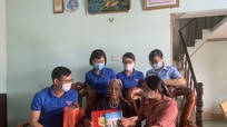 Sở LĐ-TB & XH thăm, tặng quà Mẹ Việt Nam anh hùng